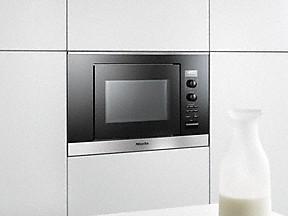 Modello forno a microonde