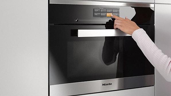 Miele arrostire e cucinare nel forno a vapore semplice - Forno elettrico e microonde insieme ...